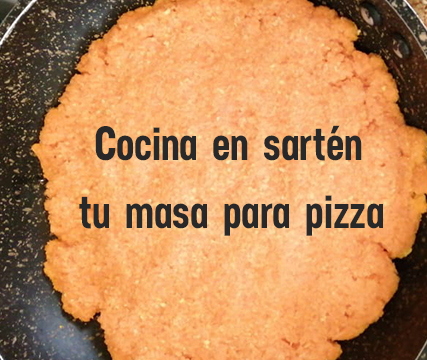 comida-saludable-pizza-vegetariana-sin-gluten-base-de-zanahoria