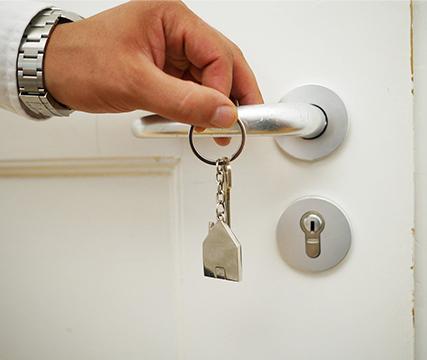 adquiere-tu-vivienda-con-tu-credito-hipotecario-issfam-familia-patrimonio